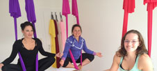 Aerial Yoga Schmetterling
